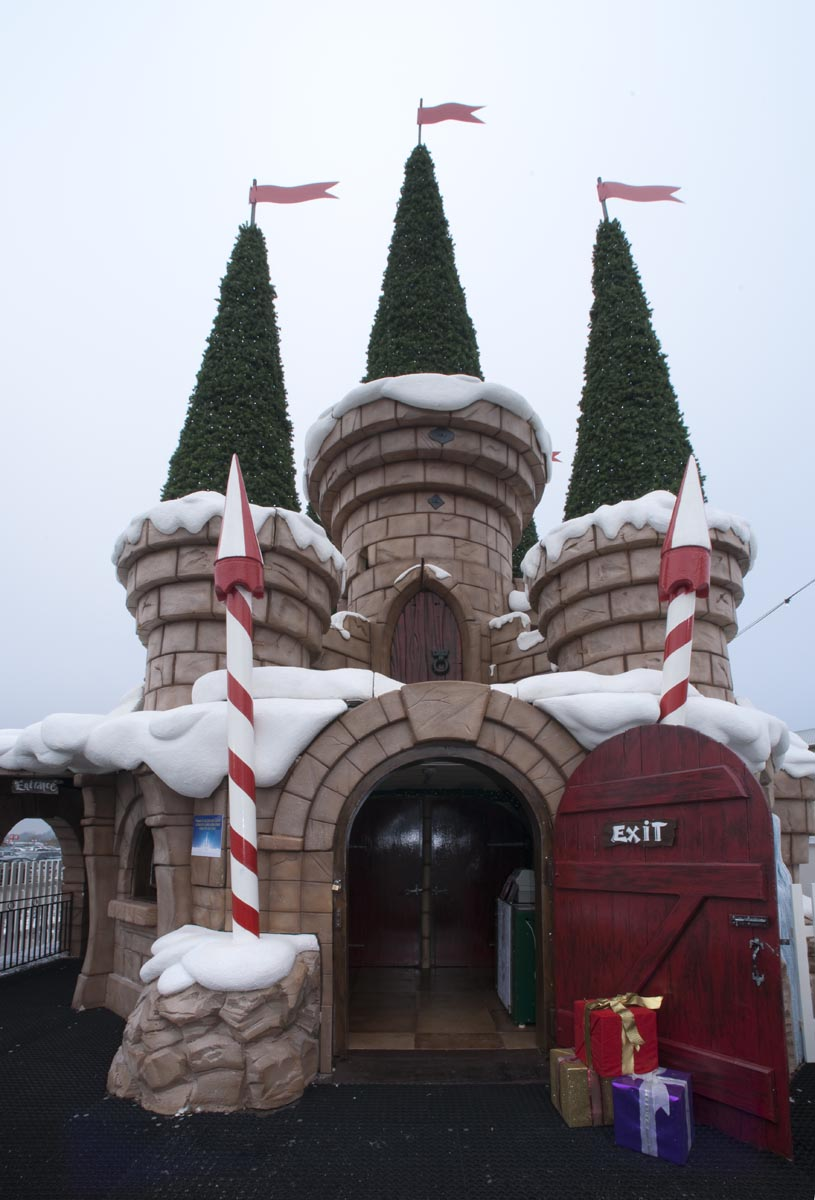 Christmas Grotto Management 64
