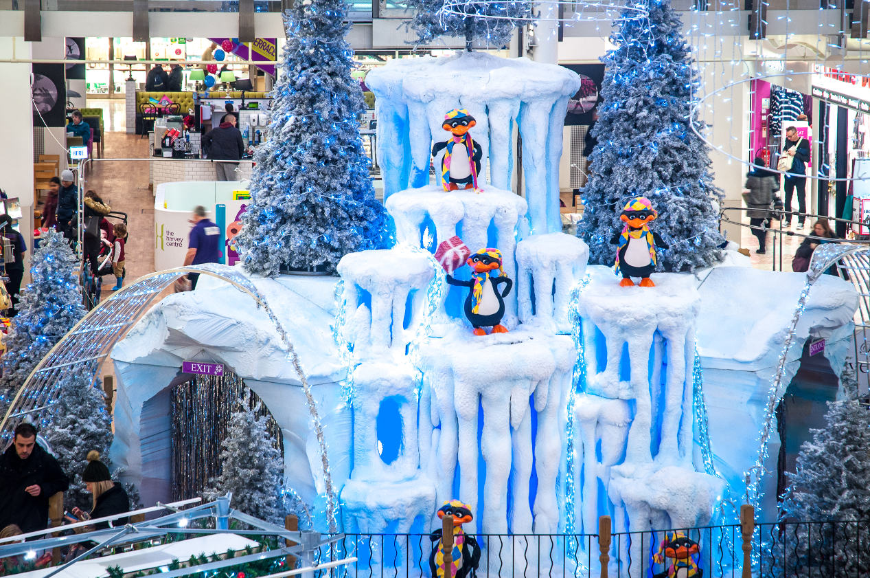 Christmas Grotto Ice Mountain 03